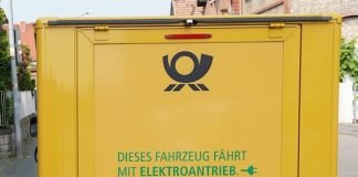 Symbolbild Postauto (Foto: Holger Knecht)
