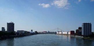 Blick auf die Kurt-Schumacher-Brücke zwischen Ludwigshafen und Mannhem (Foto: Holger Knecht)