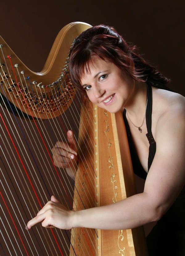 Karin Schnur, Harfe