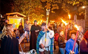 Samhain im Keltendorf (Foto: Donnersberg-Touristik-Verband)