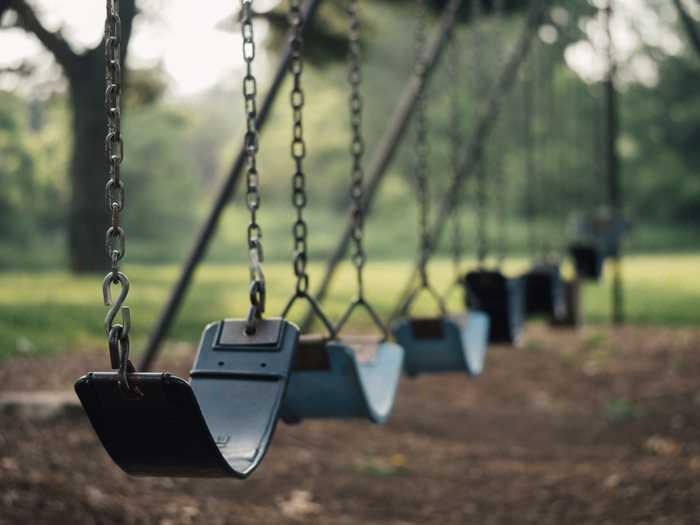 Symbolbild, Spielplatz, Schaukeln © Free-Photos on Pixabay
