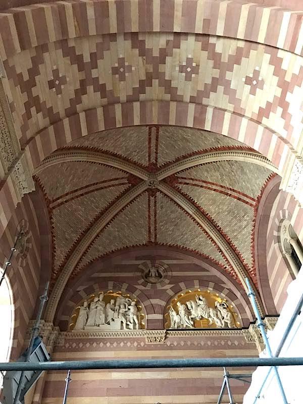 Der frisch restaurierte Südarm der Vorhalle, (Quelle: Domkapitel Speyer, Foto: Hedwig Drabik)