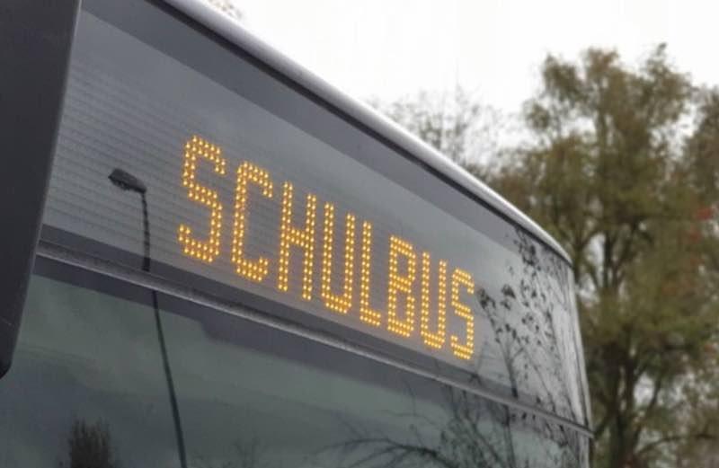 Symbolbild Schulbus (Foto: Polizei RLP)