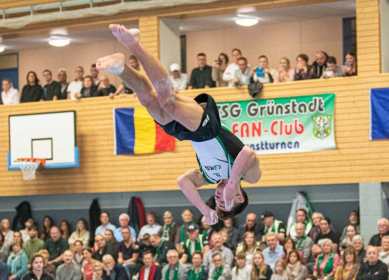 TSG Grünstadt Kunstturnen Bundesliga (Foto: Helmut Dell)