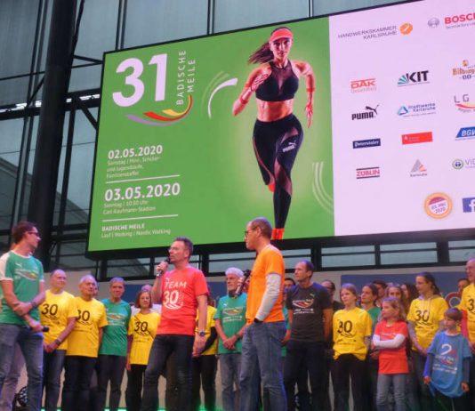 Badische Meile-Teilnehmer auf der Hauptbühne der Messe Karlsruhe (Foto: Hannes Blank)