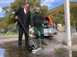 Oberbürgermeister Marc Weigel und Volker Schönig (Foto: Stadtverwaltung Neustadt)