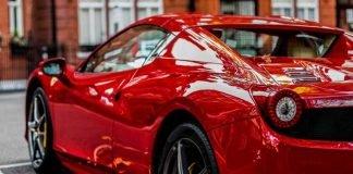 Symbolbild, Auto, Ferrari, Rot, Seite © on Pixabay