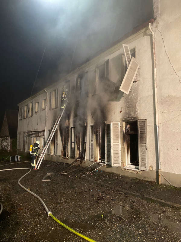 Das Gebäude ist unbewohnbar (Foto: Presseteam der Feuerwehr VG Edenkoben)