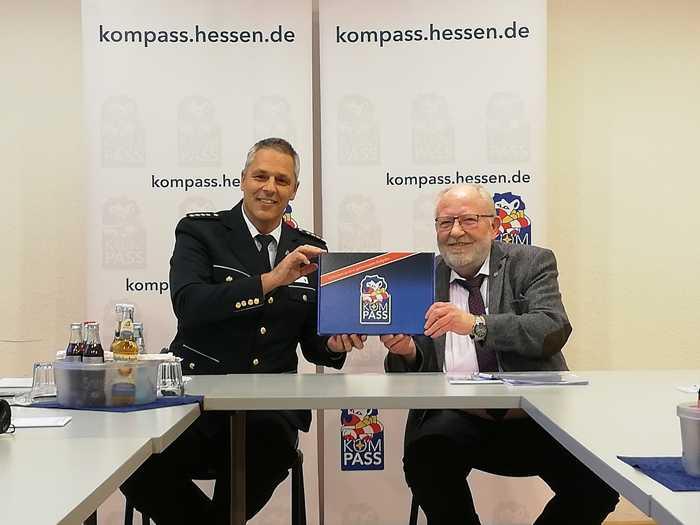Leitender Polizeidirektor Jürgen Fehler (li.) und Bürgermeister Roland Weiß (re.)