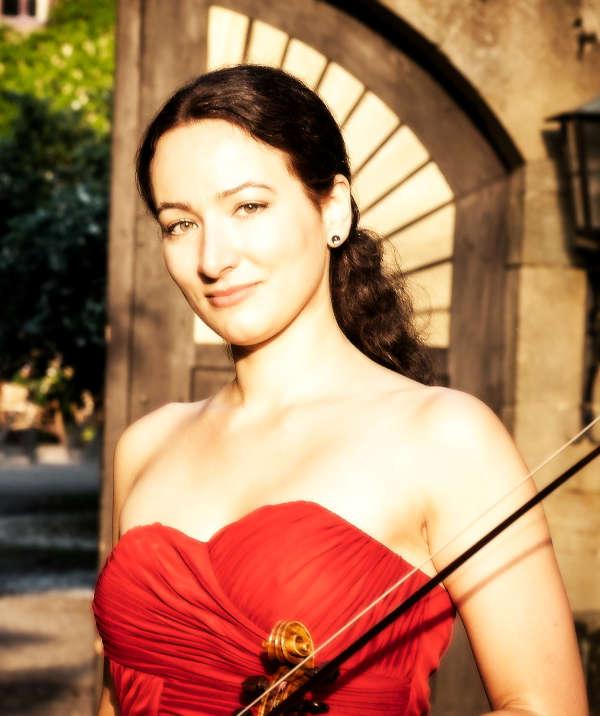 Violinistin Martina Trumpp (Foto: Dirk Döppert)