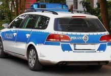 Symbolbild, Polizei, Auto, Einsatz, Steht (pxhere)