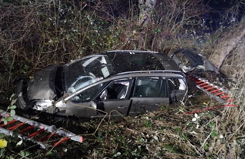 Verkehrsunfall auf der B 271 (Foto: Polizei RLP)