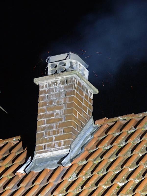 Der Kamin des Hauses (Foto: Feuerwehr Neustadt)