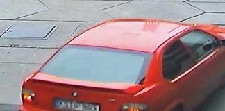 Rückansicht des geflüchteten BMW Compact