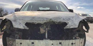 Der Mazda geriet in Brand (Foto: Polizei RLP)