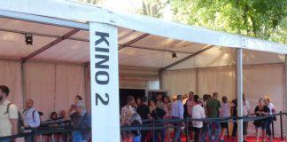 Auf dem Festivalgelände (Foto: Hannes Blank)