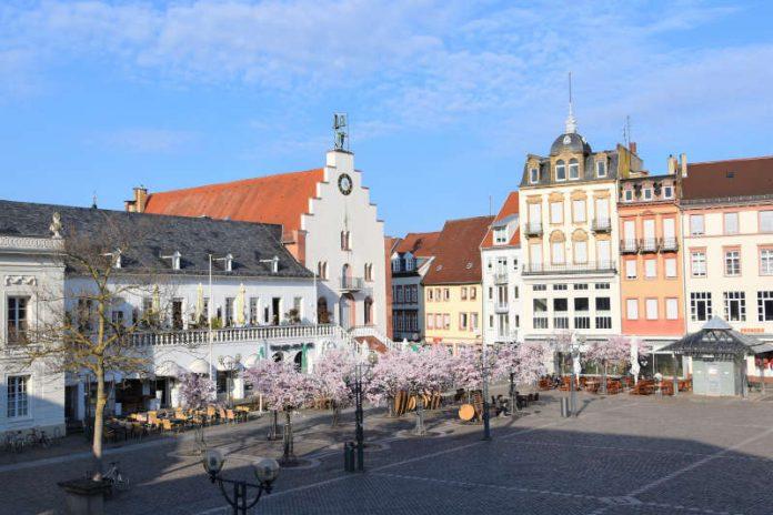 Die Stadt Landau – hier die attraktive Innenstadt – erhält voraussichtlich rund 1,2 Millionen Euro vom Land als Corona-Soforthilfe. (Quelle: Stadt Landau)