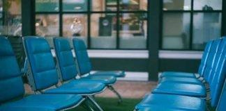 Leere Stühle (Foto: Pixabay)