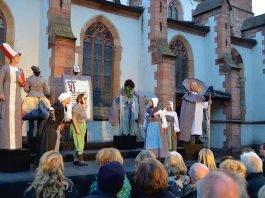 """Eines der kulturellen Highlights der vergangenen Jahre in Landau: Das Stationentheater """"Der kleine Luther"""" des Herxheimer Chawwerusch-Theaters. (Quelle: Stadt Landau)"""