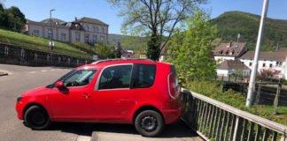 Verunfalltes Fahrzeug (Foto: Polizei RLP)
