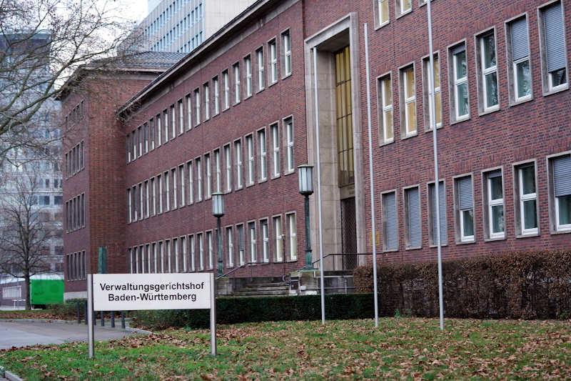 Vgh Baden Wurttemberg Beherbergungsverbot Wegen Unverhaltnismassigkeit Ausser Vollzug Gesetzt Metropolnews Info