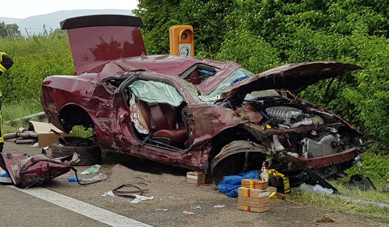 Das Unfallfahrzeug (Foto: Feuerwehr Neustadt)