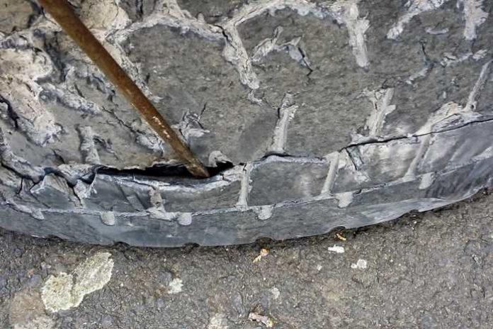 Beispielbild beschädigter Reifen