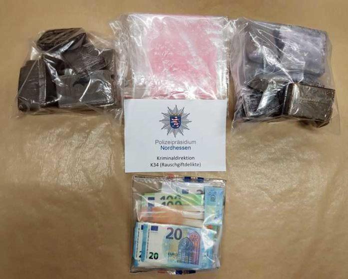 In Kassel-Warteberg am 15.05.2020 beschlagnahmte Drogen und Bargeld