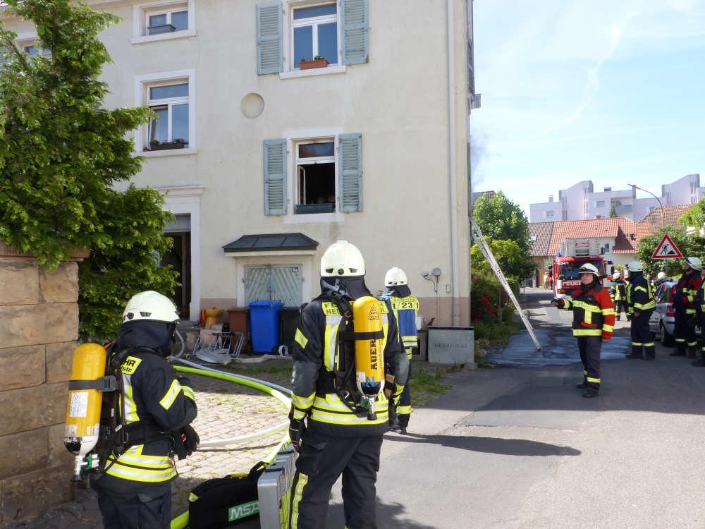 Wohnhausbrand im Branchweilerhof (Foto: Feuerwehr Neustadt)