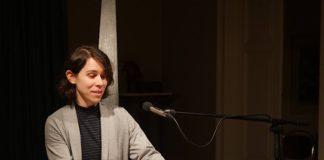 Die Autorin Mai Rim bei der ersten Offenen Lesebühne am 07.03.2019 (Foto: Anton Dück)