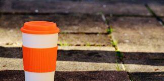 Coffee-to-Go-Becher (Foto: Pixabay/Alexas_Fotos)