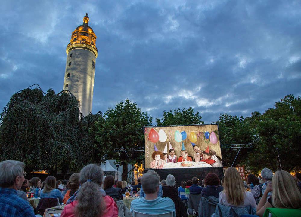 Atmosphäre auf der Schlossterasse in Frankfurt Höchst (Foto: Veranstalter)