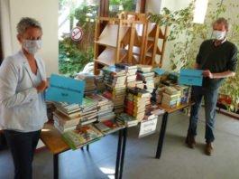 Bücherstapel KL