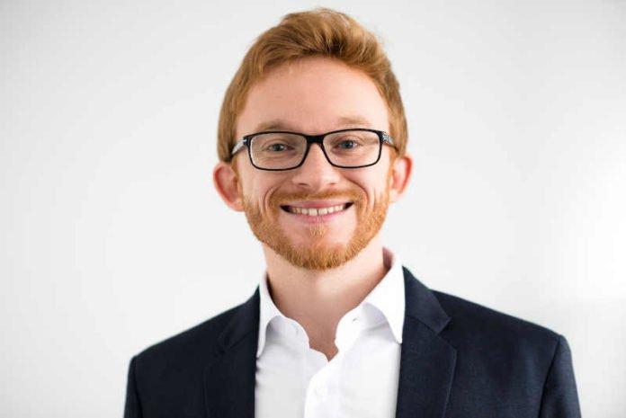 Dr. Christian Stauf