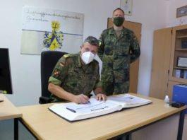 Truppenbesuch Stellv. Generalinspekteur der Bundeswehr Markus Laubenthal (Foto: Bundeswehr/Frank Wiedemann)