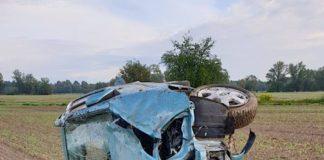 Das beschädigte Fahrzeuge (Foto: Polizei RLP)