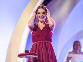 Das ist die 72. Deutsche Weinkönigin: Eva Lanzerath von der Ahr (Foto: DWI)