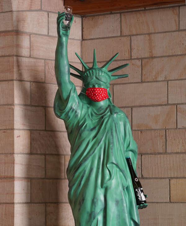 """Die Statue mit dem Namen """"Pfälzer Freiheit"""" (Foto: Holger Knecht)"""