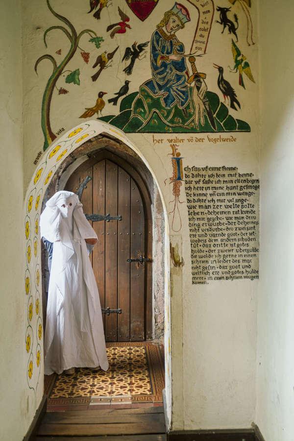 Die weiße Frau von Burg Berwartstein (Foto: Pfalz-Touristik e.V./Kurt Groß)