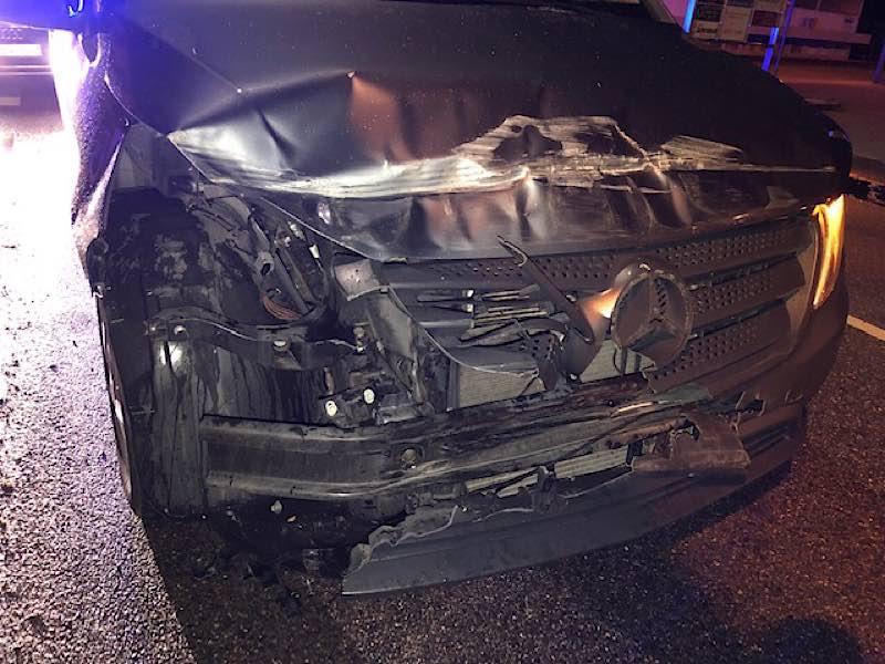 Das beschädigte Fahrzeug (Foto: Polizei RLP)