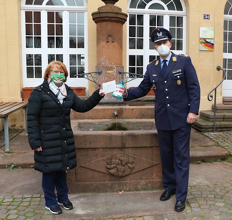 Die Gemeinde Hambach, Patengemeinde der 1. Kompanie leistete große Unterstützung mit ihrem Beitrag (Foto: Bundeswehr)