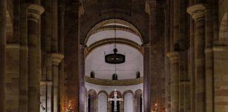 Der Speyerer Dom an Weihnachten (Foto: Joachim Weller)