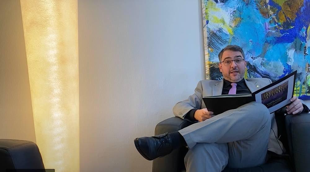 Oberbürgermeister Marc Weigel beim Vorlesetag (Foto: Screenshot Video, Quelle: Deutscher Städtetag)