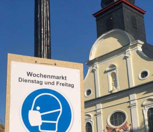 Hinweisschild auf dem Rathausplatz (Foto: Stadtverwaltung Frankenthal)