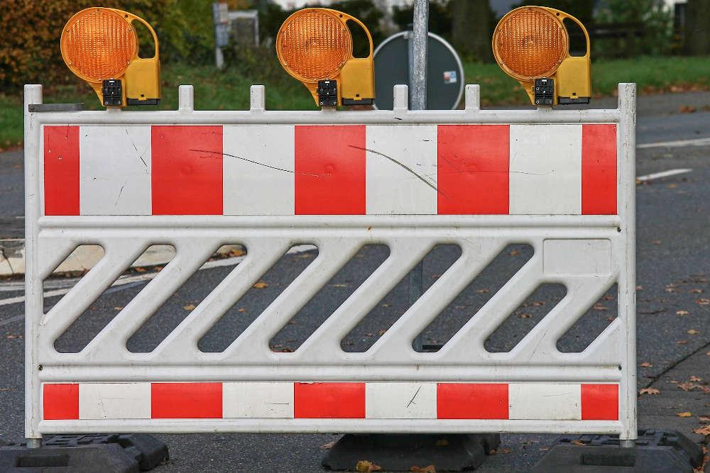 Symbolbild Straßensperrung (Foto: Pixabay/Manfred Richter)