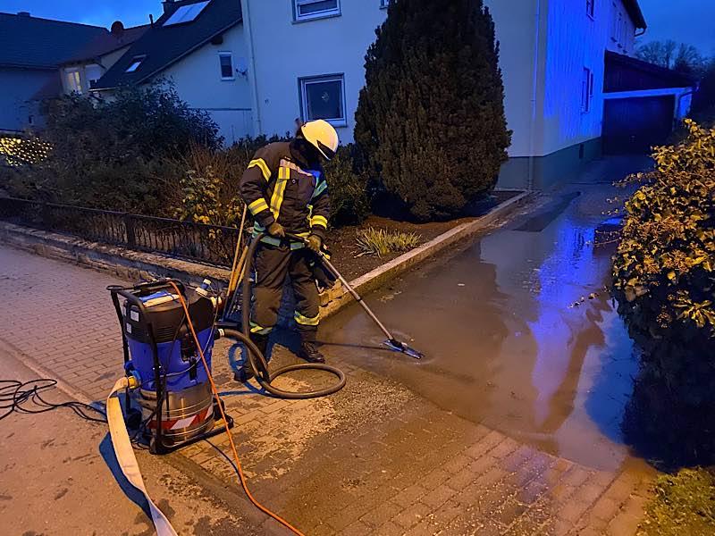 Wasserschaden Verbrauchermarkt (Foto: Feuerwehr Neustadt)