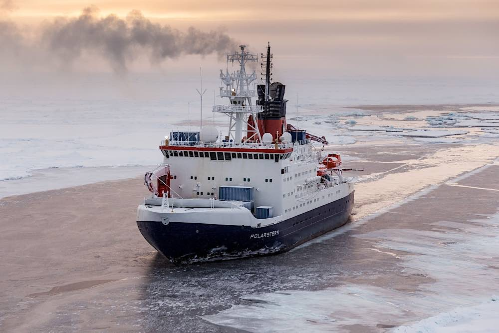 Forschungsschiff Polarstern (Foto: Alfred-Wegener-Institut / Mario Hoppmann (CC-BY 4.0))