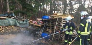 Abraumbrand (Foto: Presseteam der Feuerwehr VG Lambrecht)