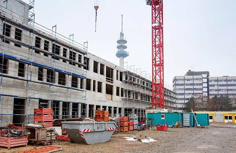 Erweiterungsbau C Ostseite der HWG LU (Foto: view)