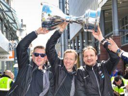 Vertragsverlängerungen von Sportmanager Jan-Axel Alavaara, Cheftrainer Pavel Gross und Assistenztrainer Mike Pellegrims (Foto: AS Sportfoto / Sörli Binder)